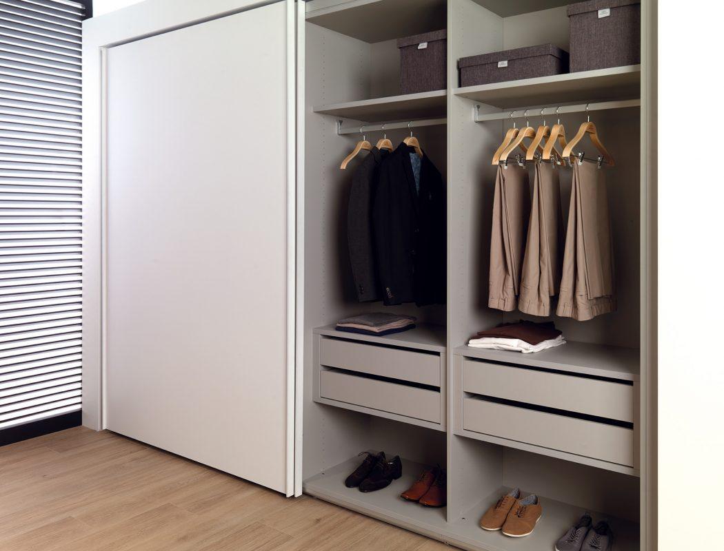 Pour Accrocher Les Vetements l'armoire parfaite - gamadecor. - gamadecor blog