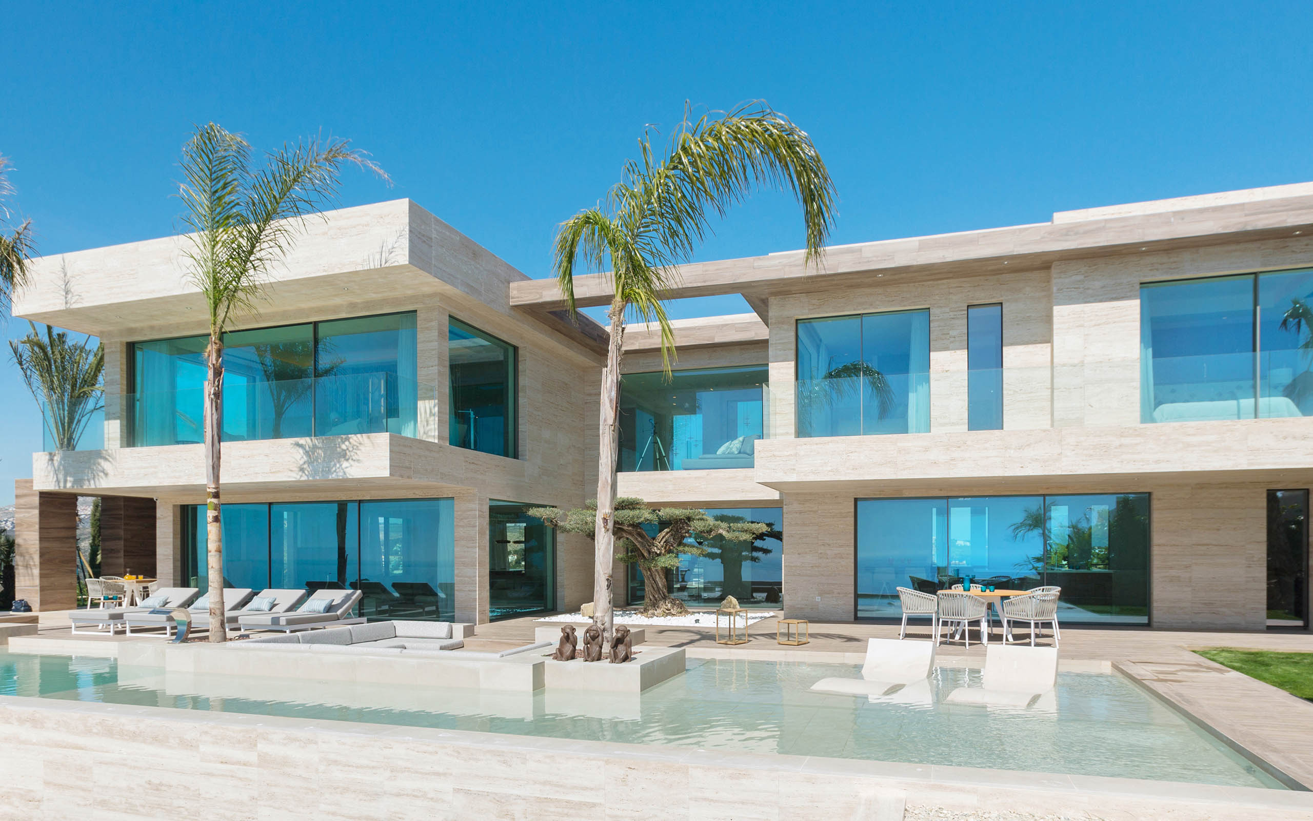 Villa El Sueño', a luxury project and a Gamadecor kitchen